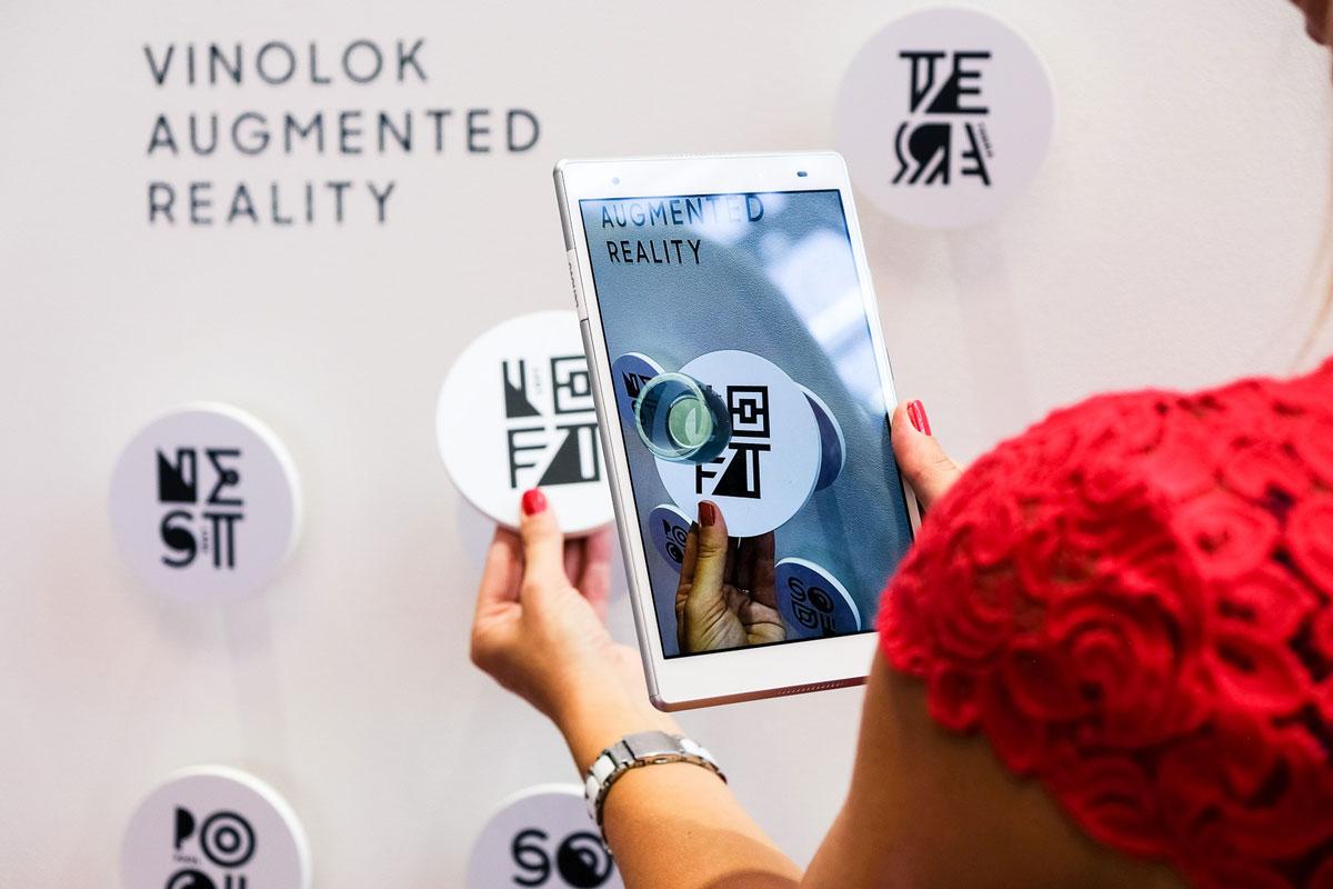 Vinolok-Augmented-Reality-2